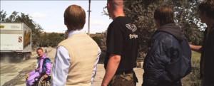 Nazis glotzen Muri hinterher