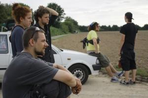 (v.l.n.r. den Nasen nach) Dilek (Ton), Dennis (Grip), Iven (Ton), Felix (Aufnahmeleiter), Marc (Produktionsfahrer) 'Kameradschaft Eins-Acht'